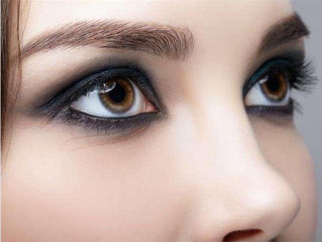 макияж «смоки айс»